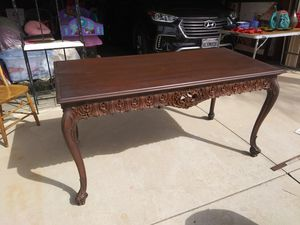 Mahogany Table for Sale in Moreno Valley, CA