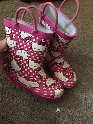 Hello kitty rain boots. Size 9/10 for Sale in Long Beach, CA