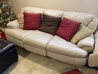 Leather Couches—Queen Futon and Loveseat for Sale in Covington,  WA