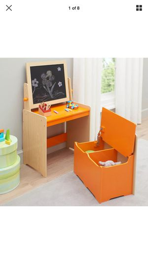Kids Desk...need gone today 1/28/20 for Sale in San Diego, CA