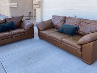Arizona Leather Couch/sofa Set for Sale in Litchfield Park,  AZ