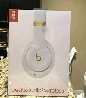 Beats Studio3 Wireless Headphones White for Sale in Fresno, CA