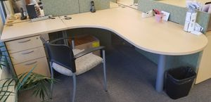 Desks with extensions and small file cabinets for Sale in Millbrae, CA