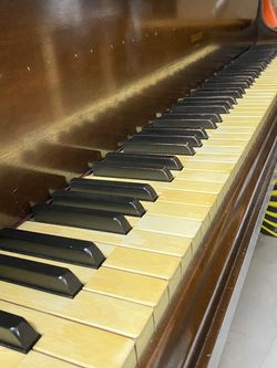 Baby Grand Piano And Storage Unit for Sale in Apopka,  FL