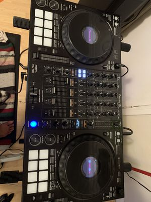 Pioneer 4 channel DJ controller with Odyssey Flight Case (new) for Sale in Fremont, CA