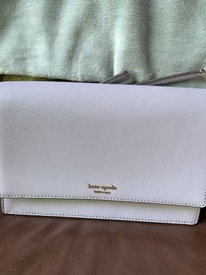 Kate Spade purse for Sale in Broadview Heights, OH