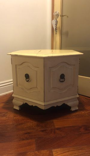 Antique Side Table Cabinet for Sale in Glendale, CA