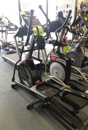Elliptical Schwinn 430 for Sale in Renton, WA
