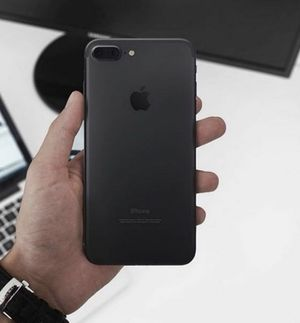 AT&T IPhone Unlocked 7plus in new condition 32Gb for Sale in Miami, FL