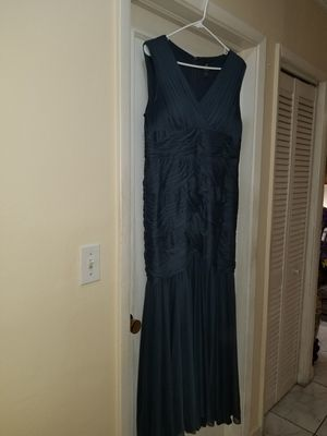 Dress- wedding occasion. Gray. for Sale in Hialeah, FL