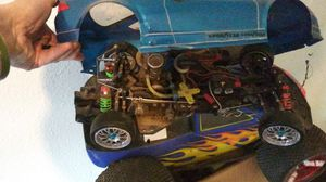 Rc cars 2 gas 1 electric for Sale in Cheyenne, WY