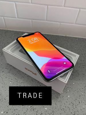 iPhone X 256GB unlocked for Sale in Scottsdale, AZ