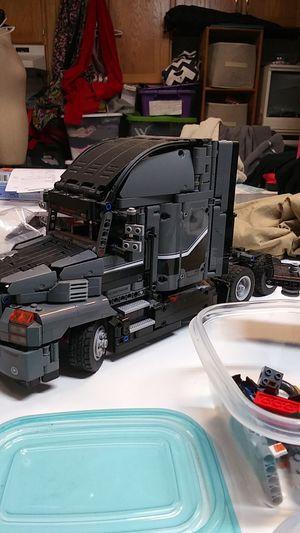 Lego Mack Anthem semi truck for Sale in Lafayette, OR