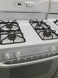 GE White Stove for Sale in Fontana,  CA