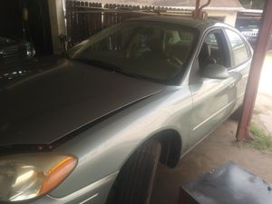 2006 ford taurus for Sale in Seffner, FL
