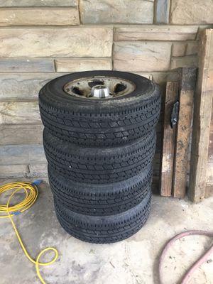 225/75r15 Dakota tires and rims for Sale in Fredericksburg, VA