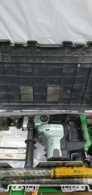 Hitachi DH 38YE2 Corded Rotary Hammer Drill W/ Bits for Sale in Clearwater, FL