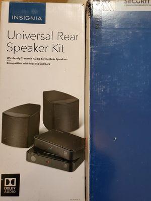 This Insignia rear speaker kit for Sale in Dearborn, MI