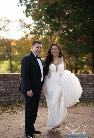 Wedding dress for Sale in Oceanside, NY