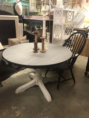 Farm Style Table for Sale in Phoenix, AZ