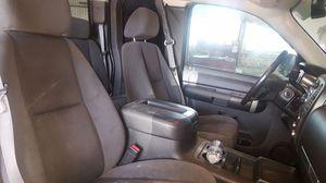 2007-2013 SILVERADO EXT CAB SEATS FRONT AND REAR $600 OBO TRADE FOR QUAD for Sale in Stockton, CA