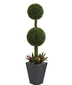 Topiary 5ft artificial indoor outdoor for Sale in Grand Prairie,  TX