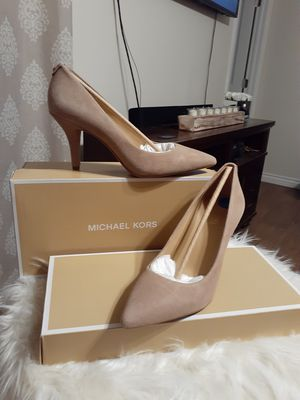 MICHAEL KORS SIZE 6.5...7.5....8...9.5... for Sale in Highland, CA