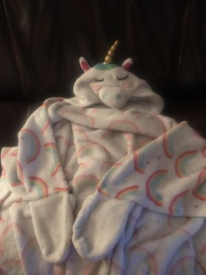 Unicorn stuffed animal and blanket 10.00 for both for Sale in Victoria, TX