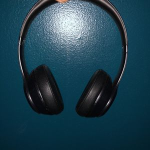 Beats Solo 3 Wireless Matte Black for Sale in Silver Spring, MD