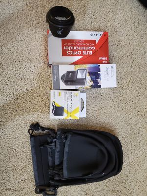 Canon dslr Camera accessories , flashlight, digital filter, macro lens , lens pouch for Sale in Irvine, CA