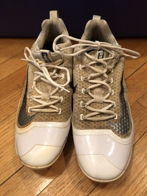NIKE HUARACHE METAL CLEATS SIZE 12 for Sale in New Lenox, IL
