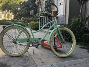 """Beautiful bicycle size 26"""" for Sale in Los Angeles, CA"""