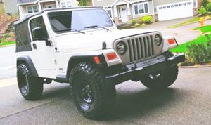 By owner03 Jeep Wrangler no scratches!! for Sale in Cleveland, OH