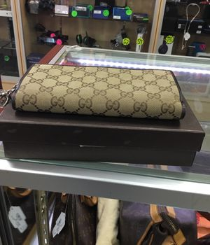 Gucci wallet,10% down Layaway ($30) for Sale in Houston, TX