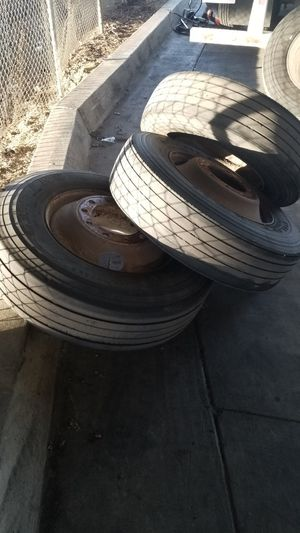 Trailer rims and tires for Sale in Gardena, CA