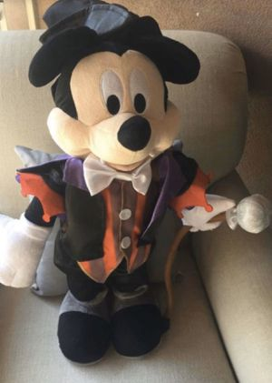 "Disney MICKEY MOUSE VAMPIRE DRACULA MAGICIAN PLUSH GREETER 25"" for Sale in Baldwin Park, CA"