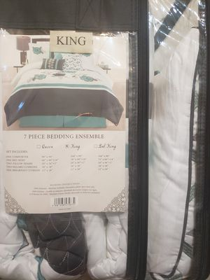 Bed sheets for Sale in Azusa, CA