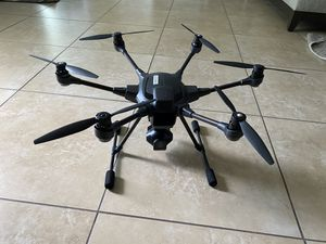 Drone Yuneec Typhoon H for Sale in St. Petersburg, FL