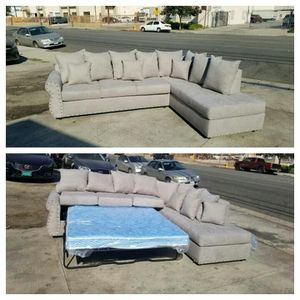 NEW 9X7FT ANNAPOLIS LIGHT GREY FABRIC SECTIONAL WITH SLEEPER CHAISE for Sale in Corona, CA
