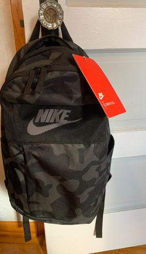 Nike backpack for Sale in Chicago Ridge, IL