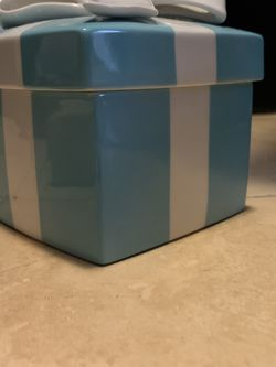 Tiffany Glass Jewelry Box for Sale in Miami,  FL
