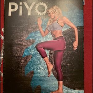 Piyo DVD Set for Sale in Pittsburgh, PA