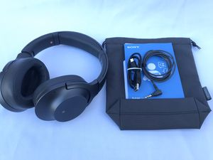 Sony hear on 2 Wireless Bluetooth Noise Cancelling Headphones for Sale in Lakewood, CA
