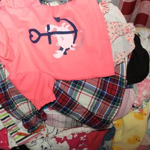 Huge Lot Of Baby Girl Clothes (NB - 12 Mos), Pampers Swaddlers, and Blankets for Sale in Houston, TX