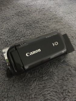 Cannon HD camera with lcd touchscreen for Sale in Wenatchee,  WA