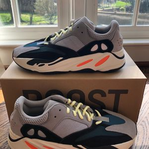Yeezy Wave Runners for Sale in Fairfax, VA
