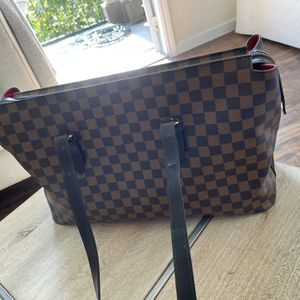 Louis Vuitton Tote Bag for Sale in Austin, TX