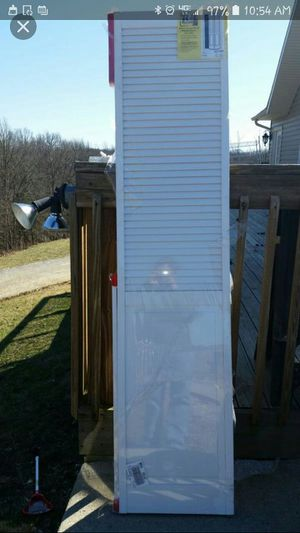 New bi-fold closet doors 36x80. for Sale in Georgetown, KY