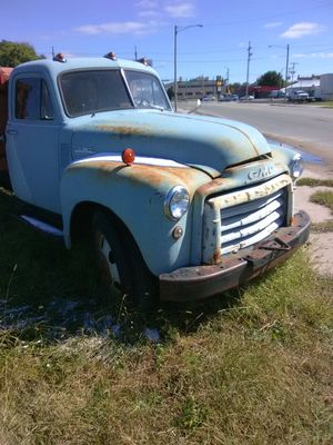 Dump truck for Sale in Hutchinson, KS