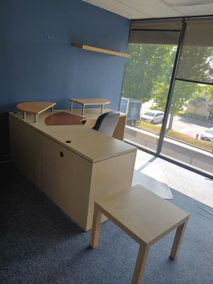 Offices, cubicles, files, reception an and conference rooms. for Sale in Pico Rivera, CA